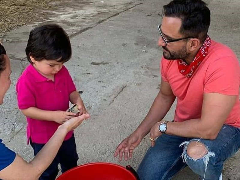 Photo: Taimur Ali Khan playing with ducklings is the cutest thing you'll see today
